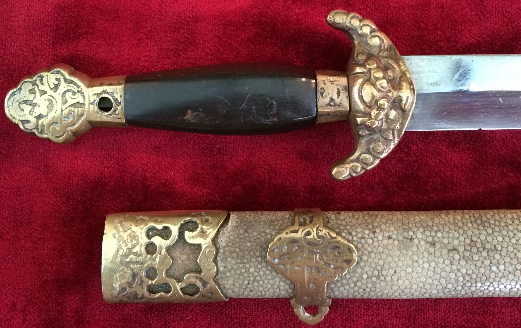 X X X SOLD X X X 19th century Chinese antique short sword